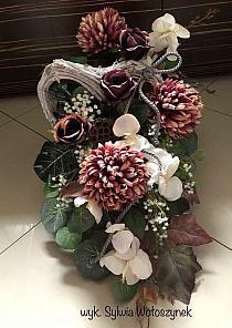 Grave Decorations, Aga, Floral Wreath, November, Wreaths, Wedding Flower Arrangements, All Saints Day, November Born, Floral Crown