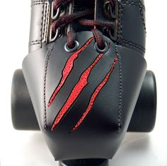 Freddy Krueger toe guards! I must have them!!
