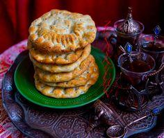 Kaek el Abbas- Libanesiska tekakor Zeina, Whoopie Pies, Desert Recipes, Baked Goods, Waffles, Deserts, Food Porn, Muffin, Cookies