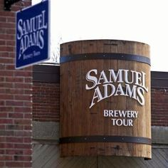 Tour the Sam Adams Brewery in Boston for a look at Boston beer history, the beer making process and Samuel Adams microbrews. Free beer samples, too! Samuel Adams Brewery, Boston Brewery, Beer Making Process, Boston Vacation, Boston Shopping, Boston Travel, Boston Weekend, Boston Attractions, Beer History