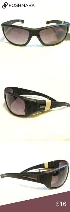 Men's camo shatter resistant sunglasses NEW. Very subtle and nice army camo pattern. Like multiple items I have available? When you bundle 3 items from my closet in the same transaction, you get a discount and only pay shipping ONCE!! When you bundle 4+, you get that PLUS a FREE GIFT! *Free gift increases in value with each additional item bundled* Accessories Sunglasses