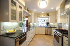 kitchen-remodels Kitchen Cabinet Design, Kitchen Tiles, Interior Design Kitchen, Kitchen And Bath, Kitchen Cabinets, Glass Cabinets, Küchen Design, House Design, Simi Valley