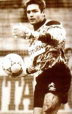 23-year-old Santiago Canizares at RC Celta de Vigo