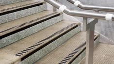 Best Anti Slip Safety Stair Nosings And Treads Non Slip 400 x 300