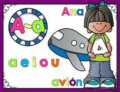 Decoramos la clase con carteles de vocales Classroom Organization, Smurfs, Worksheets, Back To School, Kindergarten, Education, Fictional Characters, Moon, Google