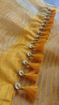 Latest Saree Kuchu/Tassel Designs to Beautify Your Saree Ring Saree Tassels Embroidery Dress, Beaded Embroidery, Hand Embroidery, Embroidery Designs, Saree Tassels Designs, Saree Kuchu Designs, Saree Border, Simple Sarees, Passementerie