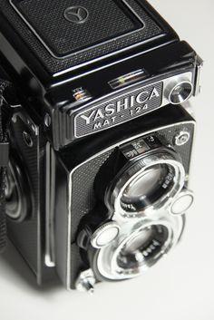 PrismYard.com // Yashica Mat 124