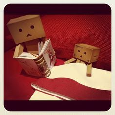 If only this could happen Danbo, Miss Piggy, 7 11 Logo, Cardboard Robot, Box Robot, Amazon Box, Smile Wallpaper, Cute Box, Good Morning Good Night