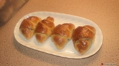Κρουασανάκια με μερέντα αλα Ελληνικά #sintagespareas #krouasanaki #merenda Hot Dog Buns, Baked Potato, Sushi, Brunch, Bread, Baking, Breakfast, Ethnic Recipes, Food