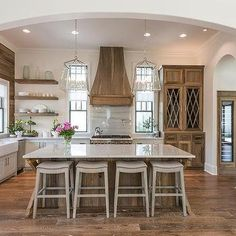 Want to know how to turn your builder grade kitchen info a farmhouse kitchen of . Want to know how to turn your builder grade kitchen info a farmhouse kitchen of your dreams? Modern Farmhouse Kitchens, Home Kitchens, Farmhouse Ideas, Farmhouse Style, Rustic Kitchen, Coastal Kitchens, Tuscan Kitchens, White Farmhouse, French Kitchens