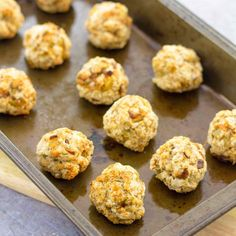 Want an easy stuffing recipe that can be made ahead of time and takes just a few minutes? Try my delicious Easy Sage and Onion Stuffing Balls recipe that has been in my family for decades! Stuffing Balls Recipe, Sage And Onion Stuffing, Homemade Stuffing, Cornbread Stuffing, Xmas Food, Christmas Cooking, Sage Recipes, Recipe Of The Day