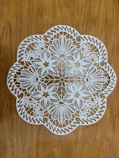 Filet Crochet, Crochet Lace, Hello Kitty Crochet, Point Lace, Crochet Tablecloth, Needle Lace, Chair Backs, Doilies, Hand Embroidery