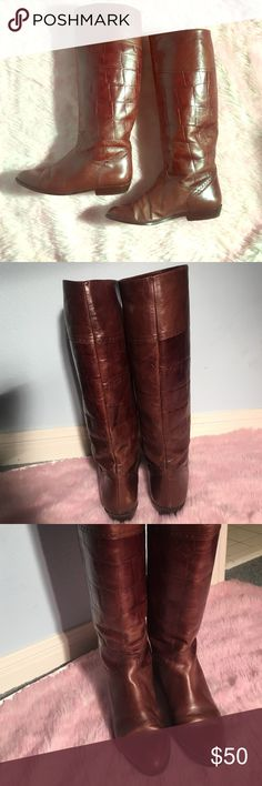 HUGE SALE ♥️ VINTAGE Larry Stuart boots Authentic leather knee high boots - made in Italy. Perfect leather boots for winter and fall paired with a skinny jean and cute top! Larry Stuart Shoes Combat & Moto Boots