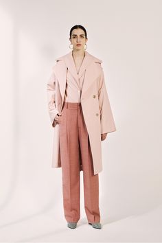 Erika Cavallini Resort 2018 Fashion Show Collection: See the complete Erika Cavallini Resort 2018 collection. Look 5 Colourful Outfits, Colorful Fashion, Cool Outfits, Fashion 2018, Runway Fashion, Fashion Trends, Fashion Show Collection, Womens Fashion For Work, Vanity Fair