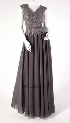 Ook leuk!: Galajurk in grijs  2840 Elegant, Formal Dresses, Fashion, Dapper Gentleman, Moda, Formal Gowns, Fasion, Classy, Trendy Fashion