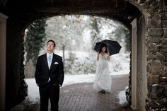 Matt Shumate Photography bride and groom first look portrait in the winter at Arbor Crest winery in the snow