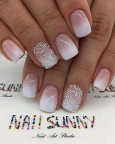 Ombre nail art designs look very attractive to women. They look complicated, but they are actually easy to make. Blending different nail polish on fingernails is easy to achieve the desired gradient effect after proper treatment. In this article tod Fancy Nails, Cute Nails, Pretty Nails, My Nails, Gel Ombre Nails, Ombre French Nails, Gradient Nails, French Tip Nails, Gel Nail