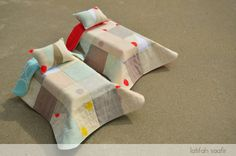Seeing Red Doll Quilts by Latifah Saafir - everything is better in miniature!