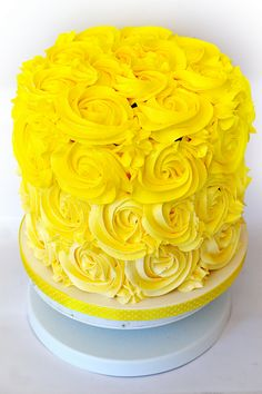 El pastel amarillo