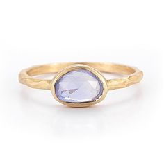 Absolutely gorgeous alternative engagement rings. Love these so much more than the classic diamond ring.