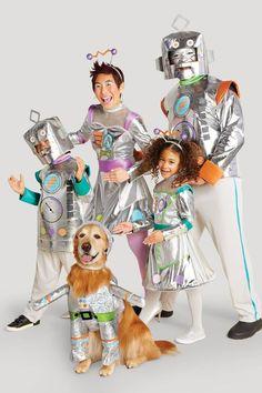 Matching Family Halloween Costumes, Robot Halloween Costume, Robot Costumes, Classic Halloween Costumes, Monster Costumes, Family Costumes, Pet Costumes, Costume Ideas, Halloween Fun