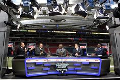 With N.F.L. Deal, Twitter Live-Streams Its Ambitions - The New York Times