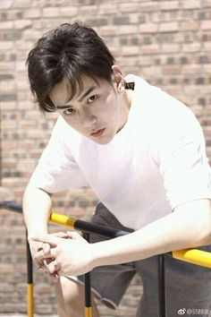 Long he is sooo handsome Asian Actors, Korean Actors, You're Dead, Dead Man, Dragon Day, Song Wei Long, Chines Drama, Chinese Boy, K Idol