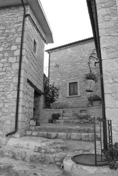 Agriturismo IL PORTONE www.borgosanmartino.eu