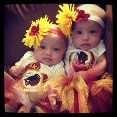 Matching #Redskins outfits? A classic fan choice at any age. (Photo Credit: Scott VanDeventer) #HTTR #LiveIt
