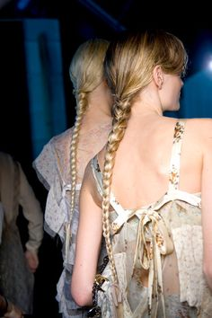 These twists and braids are the perfect summer hairstyle..see all the looks now!