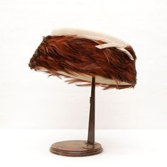 Items similar to Vintage Feathered Felt Hat by Pinehurst Fifth Ave NYC for Pomeroy's on Etsy Star Of The Day, Millinery Supplies, Of Montreal, Flower Hats, Off Sale, Hat Hairstyles, Felt Hat, Hat Making, Hair Accessories