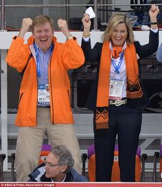 King Willem Alexander and Queen Maxima cheer on Dutch skater Sven Kramer, who beat his own record to swoop gold yesterday