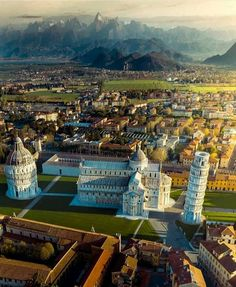 Leaning Tower of Pisa Tourist Attraction Spots Superb Views World Heritage Resorts, Pisa Italy, Tuscany Italy, Italy Italy, Cathedral City, Destination Voyage, Aerial View, Italy Travel, Travel Trip