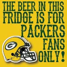 The Beer is for Green Bay Packer fans. Green Bay Packers Wallpaper, Green Bay Packers Logo, Packers Baby, Packers Football, Greenbay Packers, Football Art, Green Bay Football, Nfl Green Bay, Nfl Flag