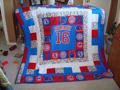 Chicago Cubs T-Shirt Quilt Longarm Quilting, Quilting Projects, Quilting Designs, Quilting Ideas, Diy Projects To Try, Craft Projects, Fair Projects, Baseball Quilt, Cubs Baseball