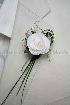 Boutonniere http://www.fleursmariage.com