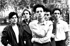 Simple Minds on 'Don't You (Forget About Me)' — exclusive excerpt from 'Mad World' oral history - slicing up eyeballs // alternative music, college rock, indie Jim Kerr, 80s Music, Good Music, Indie Music, New Wave Artists, Rock Artists, Rock Indé, New Wave Music, Simple Minds