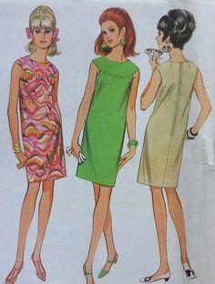 Vintage Dress Sewing Pattern McCalls 8824 Size 16