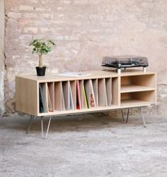 Meuble_vinyle_creation_sur_mesure_made_in_france_chene_bois_clair_couleur_mobilier_vintage_design_annee_50_60_original_gentlemen_designers_strasbourg_alsace_paris_lyon_vignette