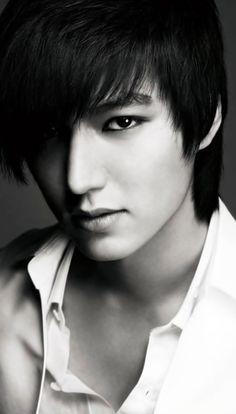 My Korean Drama love has lead me to love this guy oh so much. The 30 Hottest Photos of Lee Min Ho. Kdrama, Korean Men, Korean Star, Asian Men, So Ji Sub, Asian Actors, Korean Actors, Korean Dramas, Hot Men