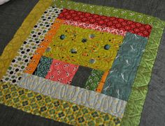 king quilt detail 3 by vickivictoria, via Flickr