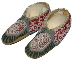 Woodlands Beaded Moccasins