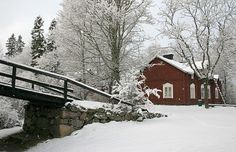When snow falls, nature listens.  (Antoinette van Kleeff) Let the Glims Farmstead Museum tell its stories to you. #nikistrbian