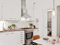 my scandinavian home: Small space inspiration: a lovely Swedish apartment