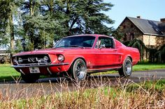 #Ford #Mustang au Rallye des Givrés, reportage complet : http://newsdanciennes.com/2016/02/15/grand-format-le-rallye-des-givres/ #Voiture #Ancienne #ClassicCar