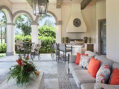 Outdoor Living - Bay Colony Golf Estates - Naples, Florida