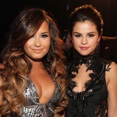 Throwback to when #selena and #demi were friends... Now they've gone their separate paths and lately have even betrayed each other for publicity?! So sad..