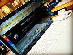 Nos encantan estas primeras horas de la tarde donde abrir el ordenador, tomarte un café y poner a funcionar la máquina!  Estilo de vida y Pasión por lo que haces? Yesss! Dominar cuándo, dónde y cómo marca la diferencia => javieryeva.net/bootcamplamagia  #LaMagiadeInternet #DiseñaTuMapa #emprendedoresdigitales #cafeyconexion #estilodevida #calidaddevida #negociosonline #faborit #lavidaquequiero #pasion #generaciónsinjefes