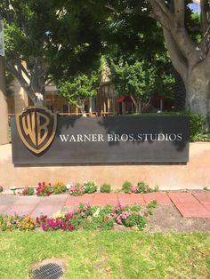 friends in america: Warner Bros. Tour