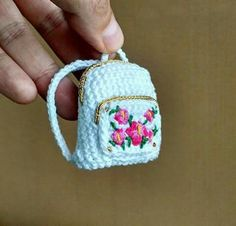 Today, we will share all the wonderful amigurumi knitting toy free recipes th Crochet Purses, Crochet Dolls, Accessoires Barbie, Little Backpacks, Crochet Backpack, Crochet Barbie Clothes, Crochet Keychain, Cute Crochet, Coin Purse